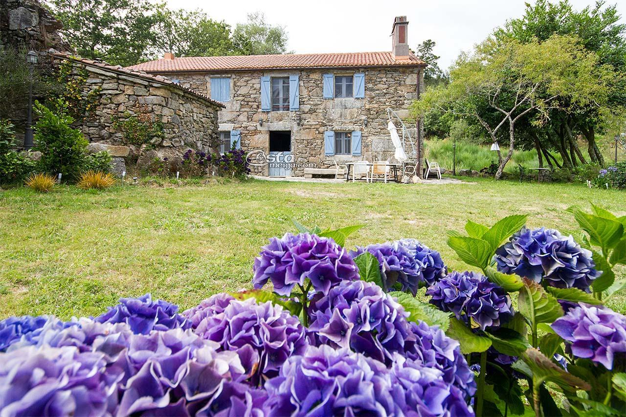 Alquiler casa rustica mazaricos costa da morte costameiga for Jardines galicia